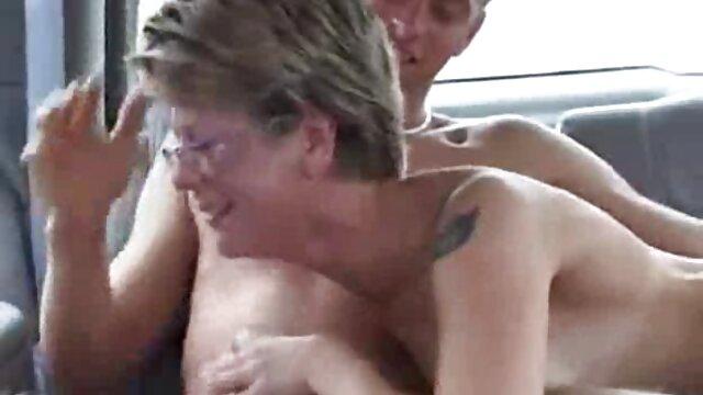 Jane Wilde disfruta de su primer anal videos de cuarentonas calientes