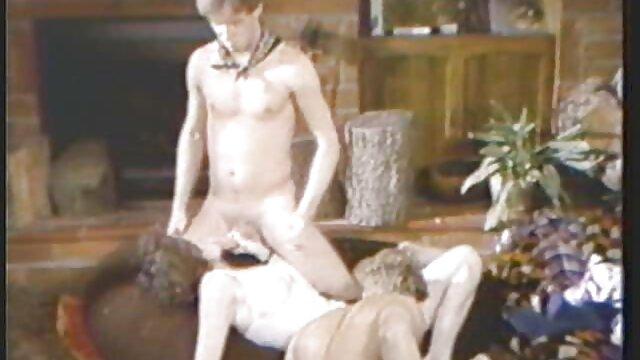 Relaciones maduras calientes hot sexuales con una chica cachonda