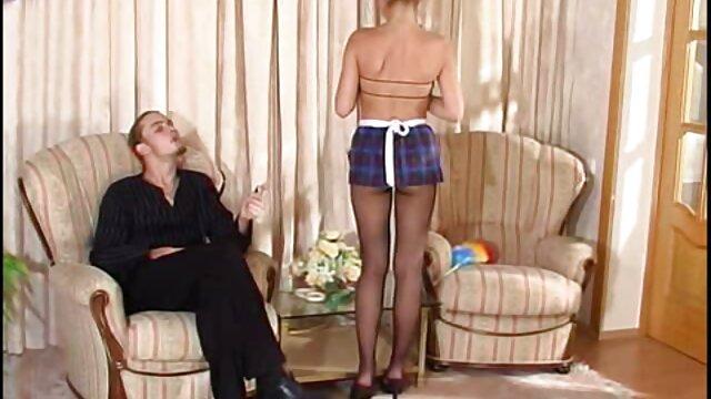 Sunny Jay señora caliente xvideos follada en el press de banca