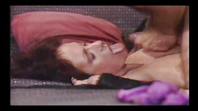 jp-webcamD01 maduras calientes con jovencitos