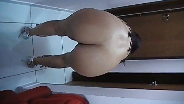 androide mamas maduras calientes 2b hentai
