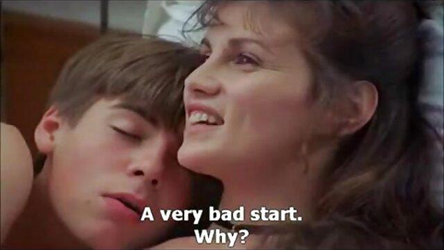 Cindi cuarentonas calentorras Loo se folla a la BBC delante de su padre