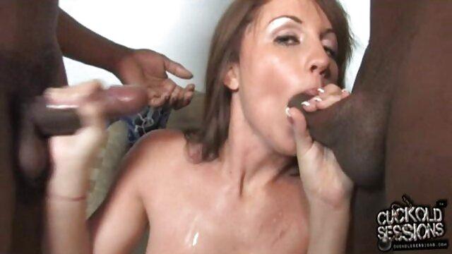 Penthouse Pet viejas calientes desnudas Nikki Benz 69s con la rubia Lexxi Tyler!
