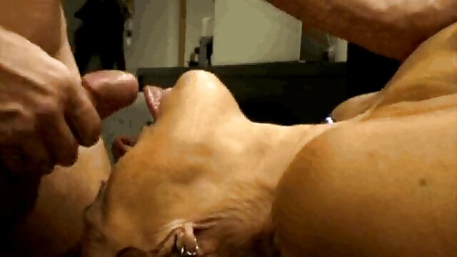 Amateur mamas calientes hd MILF follada en sofá