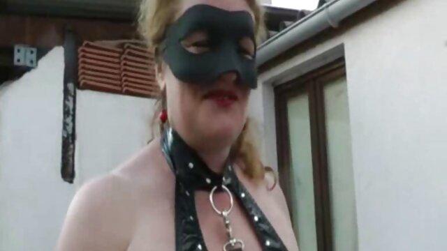 Lea Lexis chupa una gran polla negra - viejas españolas calientes Gloryhole