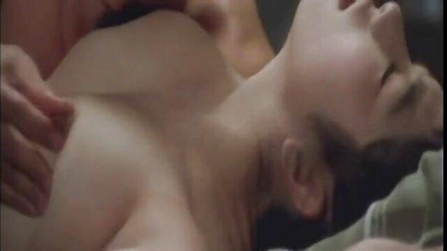 Bruja sumisa en un casting amateur BDSM videos xxx de señoras calientes