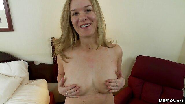 Adolescente gordita se maduras calientes videos caseros masturba el periscopio - arsivizm