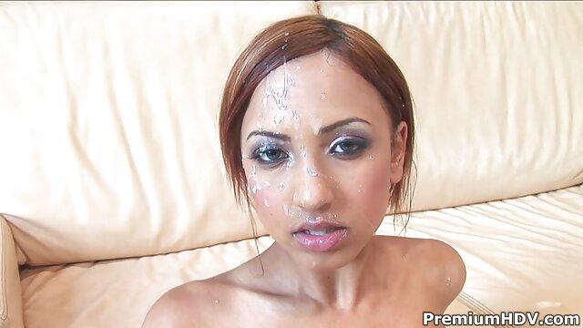 Leilani obtiene semen en la boca de su maduras calientes xxxx padrastro
